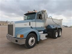 1999 Peterbilt 385 T/A Dump Truck