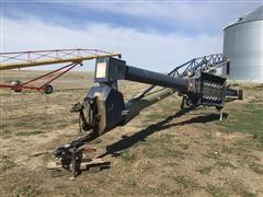 Harvest International H1392 Grain Auger