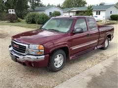 2004 GMC 1500 2WD Extended Cab Pickup