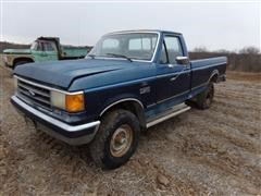 1989 Ford F250 4X4 Pickup (INOPERABLE)