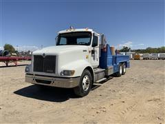 2000 International 9400i T/A Rig Tender Truck