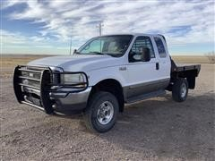 2002 Ford F250 Lariat 4x4 Extended Cab Flatbed Pickup