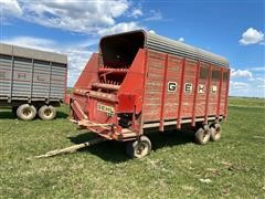 Gehl 940 Forage Wagon