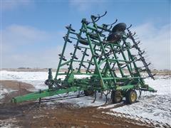 John Deere 980 36' Field Cultivator