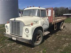 1965 International Loadstar 1600 Grain Truck