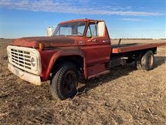 1974 Ford F600 Flatbed Truck (INOPERABLE)