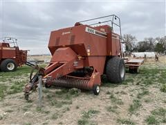 Hesston 4900 4X4 Big Square Baler