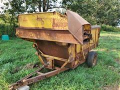 Hampton Feed Wagon