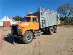 1973 International FleetStar 2010A T/A Silage Truck