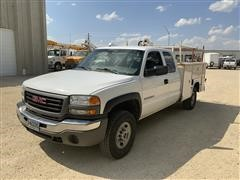2006 GMC 2500 2WD Ext Cab Pickup W/ Service Bed