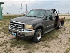 2002 Ford F350 4x4 Extended Cab Flatbed Pickup