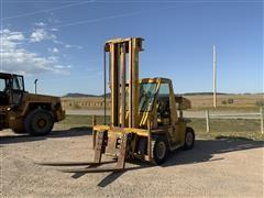 Caterpillar V120 Forklift