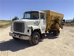 1972 Ford LN800 S/A Feed Truck W/Morhlang 420 Feed Box