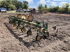 John Deere ER014 Row Cultivator