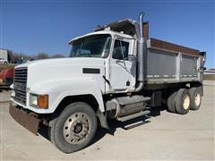 2003 Mack CH613 T/A Dump Truck