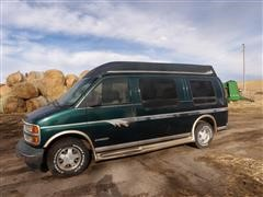 1996 GMC Savana Mark II LE Van