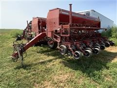 Case IH 5500 Soybean Special 24R15 Pull Type Planter