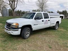 2003 GMC 2500HD Crew Cab Pickup