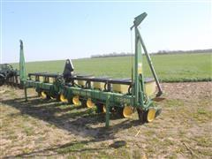 John Deere 7300 MaxEmerge 2 8R30 3-Point Planter