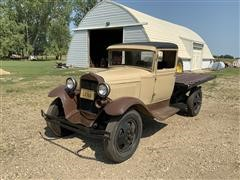 1930 Ford Flatbed Truck