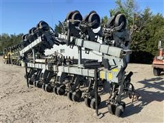 Hiniker 6000 12R30 Cultivator/Anhydrous Applicator