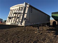 2012 Dakota T/A Grain Trailer