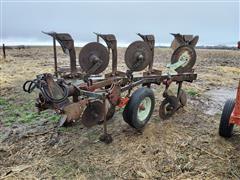 International 140 Roll Over Plow