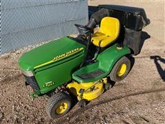 John Deere LX255 Lawn Tractor