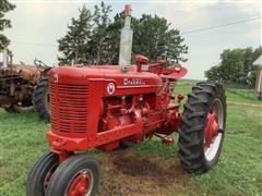 1952 Farmall Super M 2WD Tractor