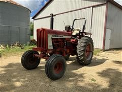1964 International 806 Diesel 2WD Tractor