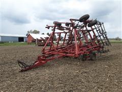 1990 Case IH 4800 Field Cultivator W/Harrow