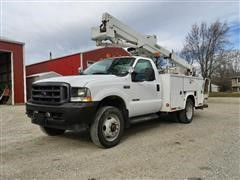2002 Ford F550 2WD Bucket Truck