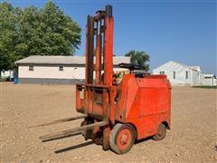 Towmotor 350LP Forklift