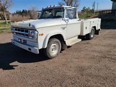 1968 Dodge D300 4x4 Pickup W/Service Box