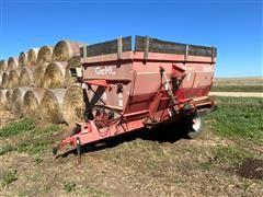 Gehl MF7335 335 Cubic Foot Feed Mixer Wagon