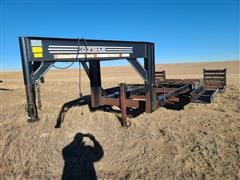 1999 Donahue EXG-160 T/A Swather Trailer