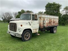 1975 Ford 750 Grain Truck