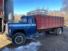 1976 International LoadStar 1800 S/A Grain Truck