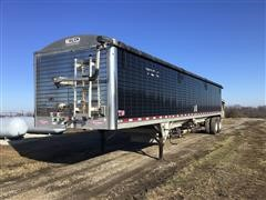 2015 Wilson DWH-550B PaceSetter T/A Ag Hopper Grain Trailer