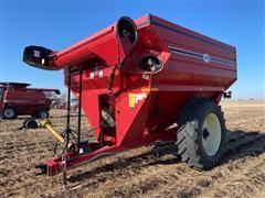 J&M 750-18 Auger Wagon Grain Cart
