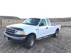 2000 Ford F150 4x4 Extended Cab Pickup