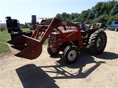 1976 International 464 2WD Tractor W/100 DU-AL Loader