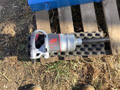 "Ingersoll Rand 2850MAX-6 1"" Impact Drive Air Tool & 1"" Sockets"