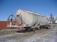 1984 Fruehauf T/A Pneumatic Bulk Material Tanker