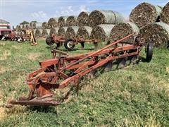 International 510 6 Bottom Plow With Harrow
