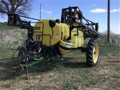 2006 Bestway Field-Pro III Pull-Type Sprayer