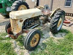 1950 Ferguson TO-20 Utility Tractor