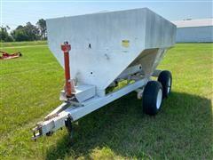 Dempster Pull-Type Dry Fertilizer Spreader