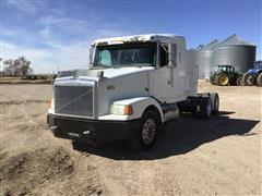 1995 White GMC WIA64T T/A Truck Tractor