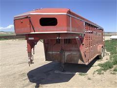 1995 Titan T/A Livestock Trailer